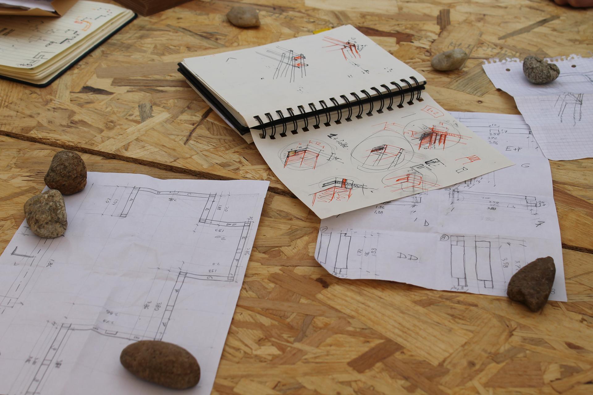 Участниците бяха основно студенти - чертахме много на ръка и разяснявахме много сглобки и детайли.